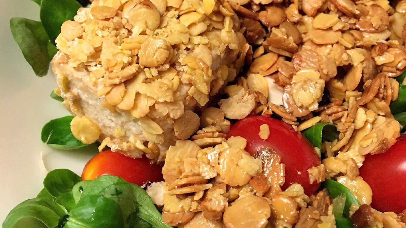 Crunchiger Tofu mit Feldsalat