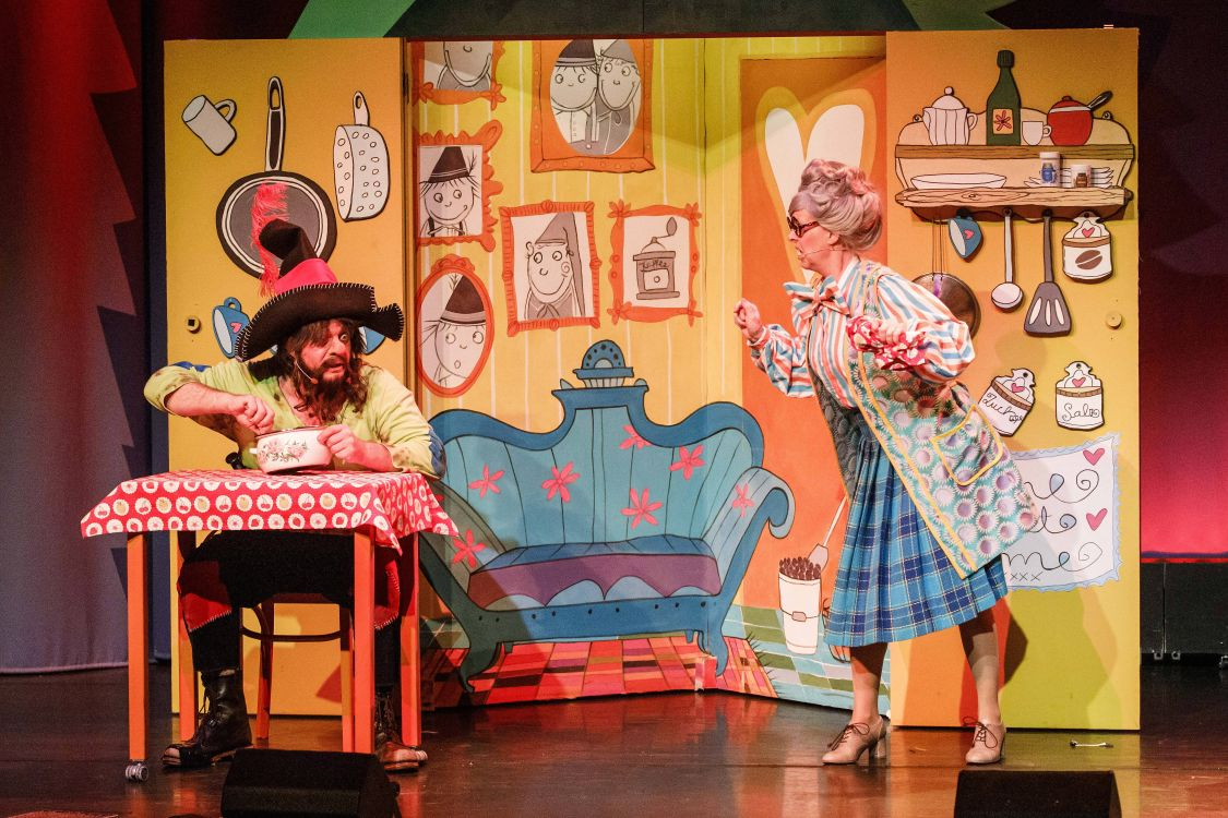 Kindertheater mit Musik und Spaß im Schmidt Theater Hamburg